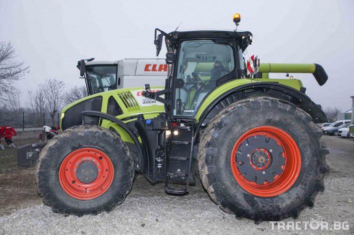 Трактори Claas Axion 950 26 - Трактор БГ
