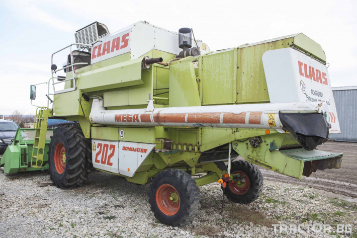 Комбайни Claas MEGA 202 1 - Трактор БГ